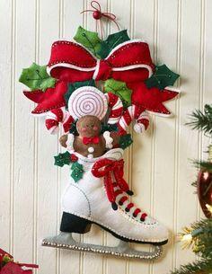 "The ""Here Comes Santa"" felt wall-hanging kit by Bucilla features a holly jolly St. Nick carrying a bag full of holiday goodies. Bucilla Felt Home Décor. Christmas Stocking Kits, Felt Christmas Stockings, Christmas Art, Christmas Wreaths, Christmas Ornaments, Christmas Wall Hangings, 242, Diy Weihnachten, Felt Ornaments"