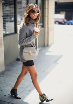 ARITZIA turtle neck sweater CURRENT/ELLIOT the skinny mini CHLOE 'drew' mini bag CHLOE 'susana' studded ankle boots