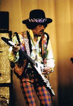 James Marshall Hendrix, Pride of Seattle Washington Jimi Hendrix Experience, Easy Guitar, Guitar Tips, Music Icon, My Music, Jimi Hendricks, Ali Mcgraw, El Rock And Roll, Psychedelic Music