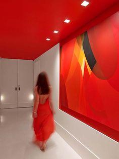 Цветной эксперимент в Нью Йорке #excll #дизайнинтерьера #решения