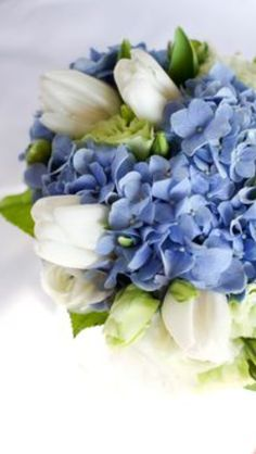Clear, fresh, vibrant colors from our color scheme. The shape, color balance, size -  bouquet is absolutely perfect.