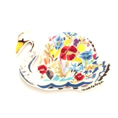 花束白鳥 ブローチ
