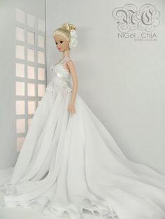 ChiA a fashion design victim: 2010 Collection- Barbie Romance Couture Barbie Bridal, Barbie Wedding Dress, Wedding Doll, Barbie Dress, Barbie Clothes, Bridal Dresses, Wedding Gowns, Barbie Doll, Pretty White Dresses