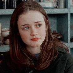 Find images and videos about icon, gilmore girls and alexis bledel on We Heart It - the app to get lost in what you love. Gilmore Girls, Rory Gilmore Style, Icons Twitter, Pretty People, Beautiful People, Icon Girl, Beatles, Alexis Bledel, Jennifer Connelly