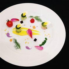 Vegetable Art : Fennel Leaf Flowers / Edible Flowers Tomato Cherry Papaya / Beet…