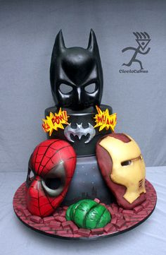 Superheros Cake- This would be great if Batman were replaced with a Marvel hero. Crazy Cakes, Fancy Cakes, Cute Cakes, Cupcakes Decorados, Superhero Cake, Character Cakes, Novelty Cakes, Cakes For Boys, Love Cake