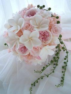 My bouquet ideas … simple yet Hawaii theme Summer Wedding Bouquets, Bride Bouquets, Flower Bouquet Wedding, Plumeria Bouquet, Orchid Bridal Bouquets, Hand Bouquet, Bridal Flowers, Floral Arrangements, Beautiful Flowers
