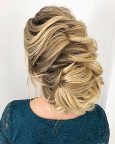 Loose updos: 8 tutorials and over 90 inspiring ideas Loose French Braids, Loose Updo, Short Grey Hair, Hair Hacks, Updos, Your Hair, Dreadlocks, Hairstyle Tutorials, Hair Styles