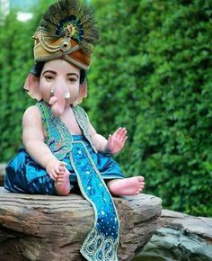 Jai Ganesh, Ganesh Lord, Shree Ganesh, Ganesha Art, Shri Ganesh Images, Baby Ganesha, Ganesh Wallpaper, Lord Murugan, Indian Dolls
