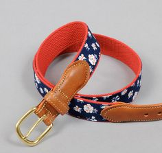 TH-S & CO. TAB AND BUCKLE BELT, SELVEDGE FLORAL INDIGO DISCHARGE PRINT :: HICKOREE'S