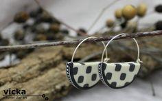 medium Half circle, retro style, hoop earings, in colors of white and grey…