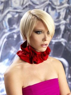 Short bob hairstyles for 2012 – 2013 - Short Hairstyles Trendy Short Stacked Bob Haircuts, Layered Haircuts For Women, Short Hair Cuts For Women, Short Hairstyles For Women, Short Haircuts, Hairstyles Haircuts, Straight Hairstyles, Stylish Haircuts, Haircut Short