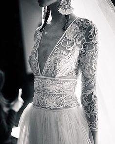 Con muchas ganas de descubrir en directo a @naeemkhanbride sobre la pasarela de la Barcelona Bridal Week - moda Barcelona #naeemkhan #naeemkhanbridal #unabodaoriginal #bcnbridalweek #weddingdress #wedding #boda #bidas #vestidosnovia #bride #bridedress #novia #novias http://www.unabodaoriginal.es/blog