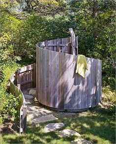 Outdoor Bathrooms 285486063858510094 - Outdoor shower with spiral fence