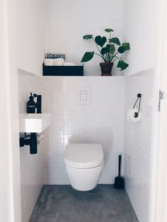8 Inspiring Guest Toilet Design Ideas To maximize Small Space Neutral-guest-toilet - A guest toilet is usually in a small space. However, it doesn't mean to look monotonous. There some elements inside merely vanity with sink, toilet, and s Small Toilet Room, Guest Toilet, Downstairs Toilet, Toilet With Sink, Clockroom Toilet, Black Toilet, Bad Inspiration, Bathroom Inspiration, Bathroom Ideas