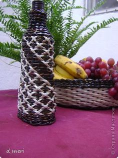 Поделка изделие Плетение Овальные бутылки с крестами из газетный трубачок Трубочки бумажные фото 1
