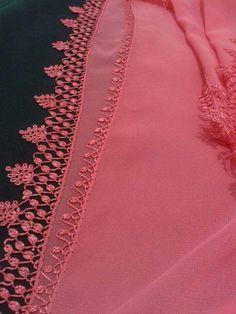This post was discovered by Nu Diy Lace Ribbon Flowers, Lace Art, Point Lace, Tatting Patterns, Needle Lace, Lace Making, Lovely Dresses, Embroidery Stitches, Needlework