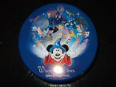 Disney Where Magic Lives Round Jigsaw Puzzle 1000 piece  Walt Disney World Epcot