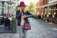 Photo about Hipster woman looking at her smartwatch and talking on cellphone. Image of business, smartwatch, female - 80949533 Smartwatch, Effective Time Management, Hipster Women, Inspirational Articles, Like A Boss, How To Make Money, How To Wear, Moda Online, Color Negra