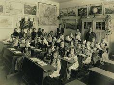 Dutch elementary class, 1934. #greetingsfromnl