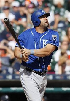 Kansas City Royals' Kendrys Morales (25) hits a solo home run, his third home run of the game, against the Detroit Tigers during the eighth inning of a baseball game at Comerica Park Sunday, Sept. 20, 2015, in Detroit. (AP Photo/Duane Burleson)