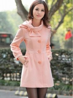 She tried to do the wear your coat over your pjs to church thing but she mustve slept naked. Pretty Outfits, Cute Outfits, Look Blazer, Cute Coats, Long Winter Coats, Trendy Clothes For Women, Fashion Outfits, Womens Fashion, Wool Coat