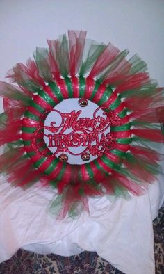 Christmas wreath done with tulle.