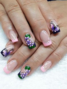 Flores Music Nail Art, Music Nails, Glam Nails, Hot Nails, French Nails, Fingernails Painted, Cat Nail Art, Exotic Nails, Flower Nail Art