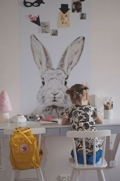 giant bunny poster and craft table/kids' space Deco Kids, Kids Corner, Kid Spaces, Kids Decor, Girl Room, Child's Room, Kids Bedroom, Kids Rooms, Kids Playing