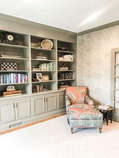 Bathroom Wallpaper Patterns, Moulding And Millwork, World Leaders, Grains, Bookcase, New Homes, Shelves, Living Room, Natural