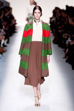 Valentino Fall 2014 Ready-to-Wear Runway - Valentino Ready-to-Wear Collection