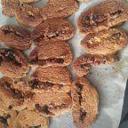 Ödüllü Kurabiye (Muhteşem) Tarifi nasıl yapılır? 6.592 kişinin defterindeki bu tarifin resimli anlatımı ve deneyenlerin fotoğrafları burada. Yazar: misstanblue Pancakes, Cereal, Cookies, Breakfast, Desserts, Food, Crack Crackers, Morning Coffee, Tailgate Desserts