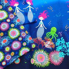 Meerjungfrauen  - auf Jersey und als Bordüre auf Baumwoll-Popeline. Seit heute im Shop!