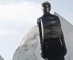 Las mochilas geométricas de Konstantin Kofta | itfashion.com