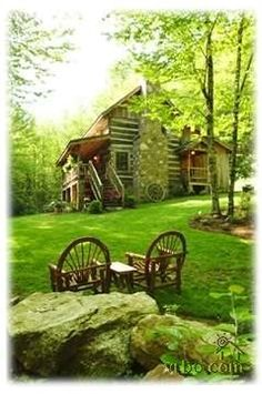 Rustic cabin in Boone, North Carolina.  You can actually rent this place.  Hmm ... on my list for sure! #RusticCabins