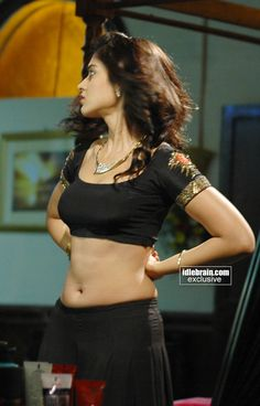 Great Navels of Our Actresses - Page 221