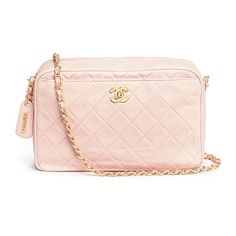 Vintage Chanel Vintage Chanel quilted leather camera bag (22160220 PYG) ❤ liked on Polyvore featuring accessories, tech accessories, pink and camera bag
