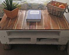Pallet Coffee Table 'LEMMIK' Farmhouse Style by FarmhousePalletsCo