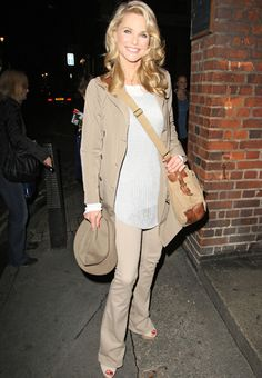 Steal The Look / Classy & Classic Christie Brinkley pulls together a classic, neutral outfit that definitely turns heads.