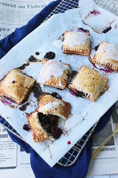 Blackberry earl grey pocket pies