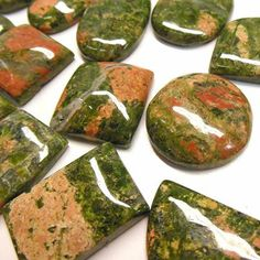 Unakite balances the emotional and spiritual bodies, and provides gentle release of energetic blockages.  It helps us to move on from outmoded beliefs from the past.  Unakite can also be used for help with past-life regression therapy, and facilitates the understanding of previous events and their roles in the current incarnation http://www.healingcrystals.com/advanced_search_result.php?dropdown=Search+Products...&keywords=unakite