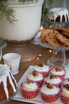 ¡Feliz Navidad- Cupcakes de Pan Dulce- Ganadores y un Video!