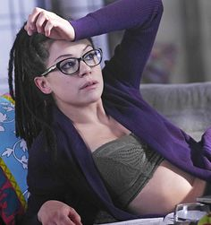 """Cosima in ""Ruthless in Purpose, and Insidious in Method"" "" Orphan Black, Tatiana Maslany, Shows, Cultura Pop, Back To Black, Woman Crush, Goth Girls, Pretty People, Girl Crushes"