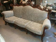 Italialainen uusrokokoo sohva