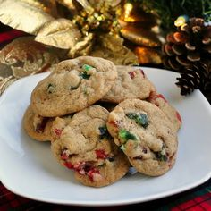 Chewy Fruitcake Cookies - even fruitcake detractors might be tempted by these great chewy cookies!
