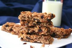 Gluten-Free Cherry Apple Granola Bars Recipe - perfect breakfast on the go or a snack. Kids love these as a lunchbox treat.