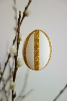 DecoDreamer's Diary: Pääsiäismunat, Easter eggs, glitter, glue tape, liimateippi