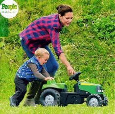 Reines & Princesses: Catherine and George in the park, where he played with a tractor.
