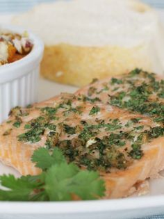 Cumin Coriander Crusted Salmon - salmon filets are covered in a cilantro and herb mixture and then baked through. Easy Fish Recipes, Tilapia Recipes, Baked Salmon Recipes, Healthy Recipes, Yummy Recipes, Dinner Recipes, Parmesan Zucchini Fries, Parmesan Crusted Tilapia, Crusted Salmon