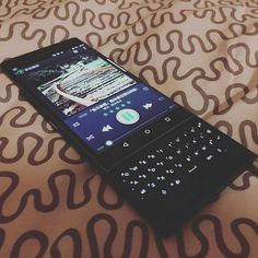 #inst10 #ReGram @ginevralago: @Regrann from @bluesmrerik -  #blackberrypriv #blackberry #priv  Much better battery life after stopping all the Google service haaaaaa..... #Regrann #BlackBerry #BlackBerryClubs #BBer #BlackBerryPhotos #BlackBerryPRIV #Android #PRIV